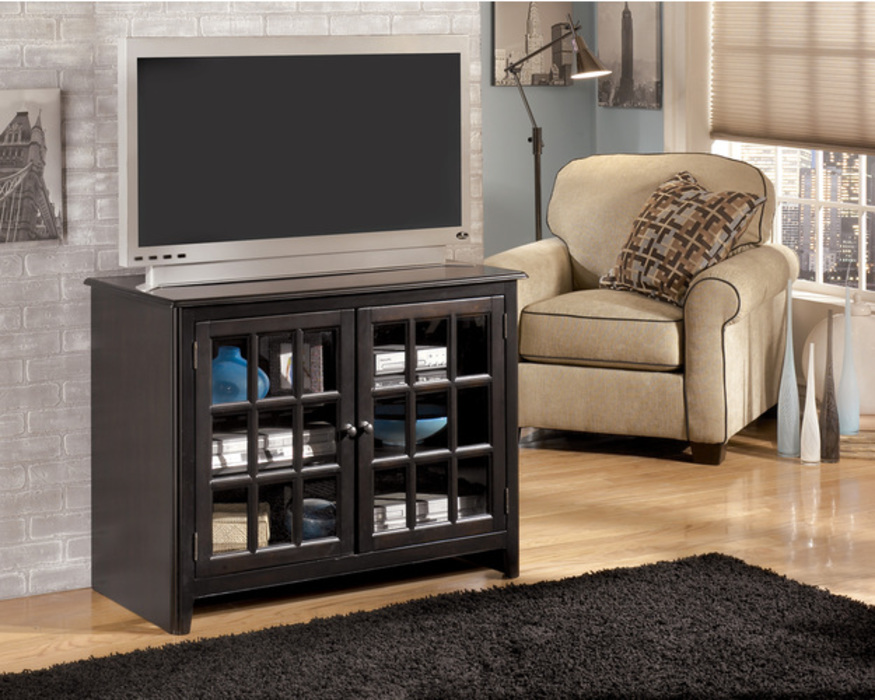 W479-18  TV STAND-ENTERTAINMENT-HENNING